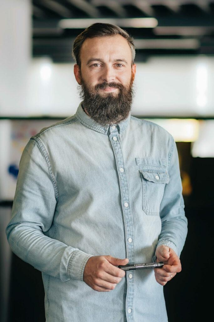 WIN partners treneris Mārcis Miķelsons-Germs